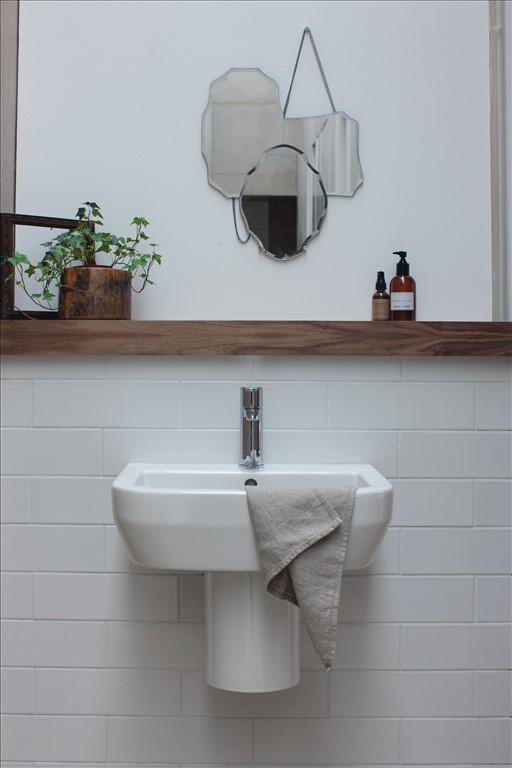Britton Curve Floor standing back to wall Toilet, Bidet & Basin Set ...